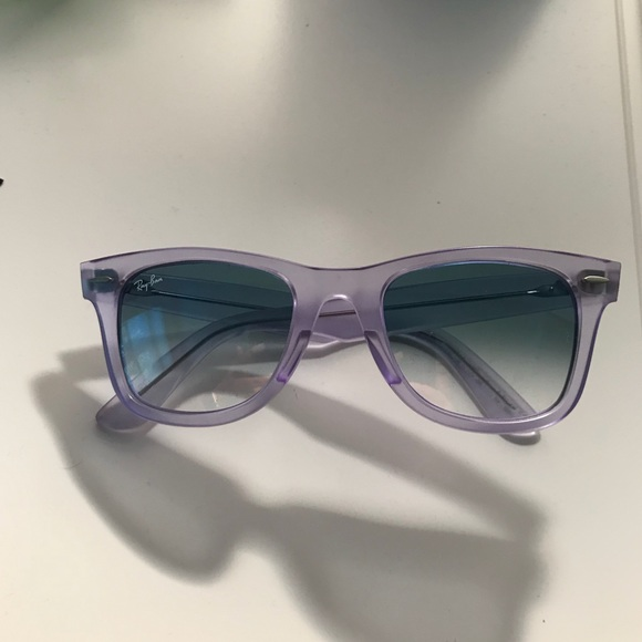 46537ebe6e Ray-Ban RB2140 Wayfarer Grape Ice Pop Sunglasses. M 5a906946fcdc3104042e41ee
